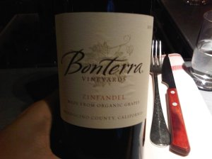 A wonderful wine to accompany a steak and salad: good red fruit wiht a hint of clove and a nice finish