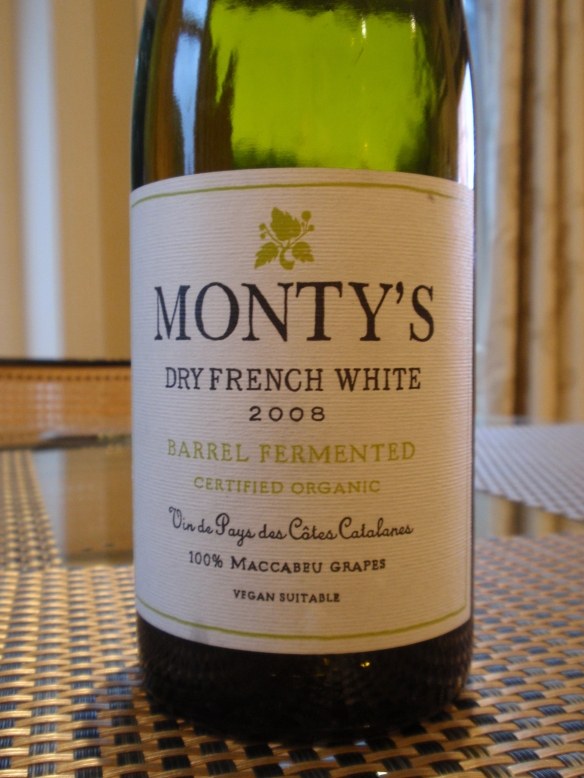 A pale, light and wonderfully fresh country wine that is reminiscent of French cider on the mid-palate and the finish