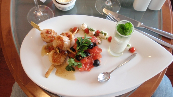 My scallop starter was very nice - I had to keep reminding myself I was on a ferry! The presentation was beautiful and while the scallops were slightly tough, the flavors were all very distinct and went well together. I particularly like the very sweet itsy bitsy cherry tomatoes that were served on the side