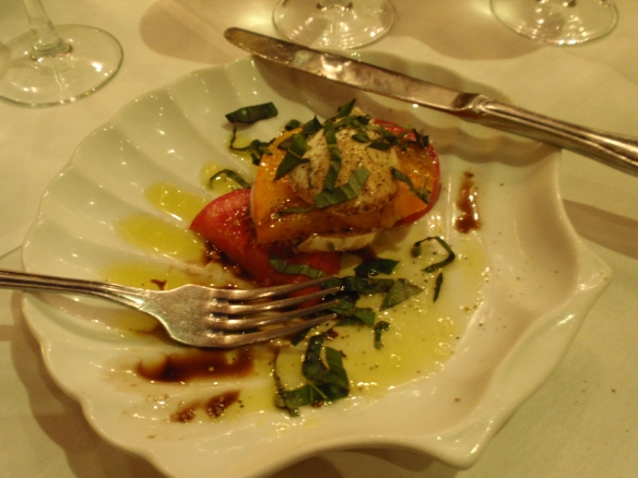 A starter of yellow and red tomato salad, with mozzarella, olive olil & balsamic was perfect too