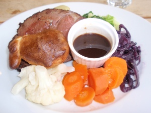 Roast Beef with Gravy, Roast Potatoes & Mixed Vegetables